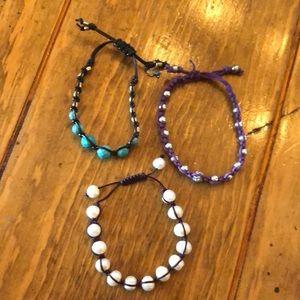 Set of 3 adjustable bracelets!